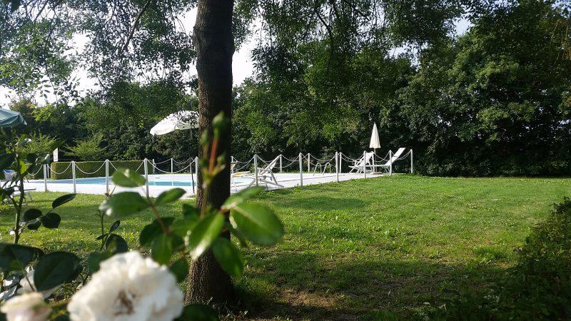 Agriturismo Lemene - Prato e piscina